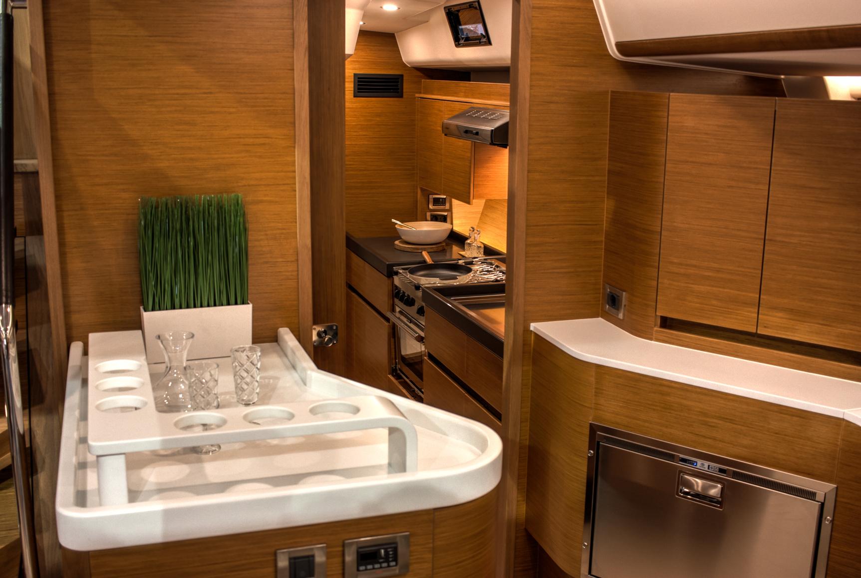18 hanse675 pantry k che skipper. Black Bedroom Furniture Sets. Home Design Ideas
